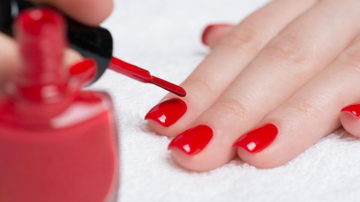 Покрытие ногтей гель-лаком (шеллак)